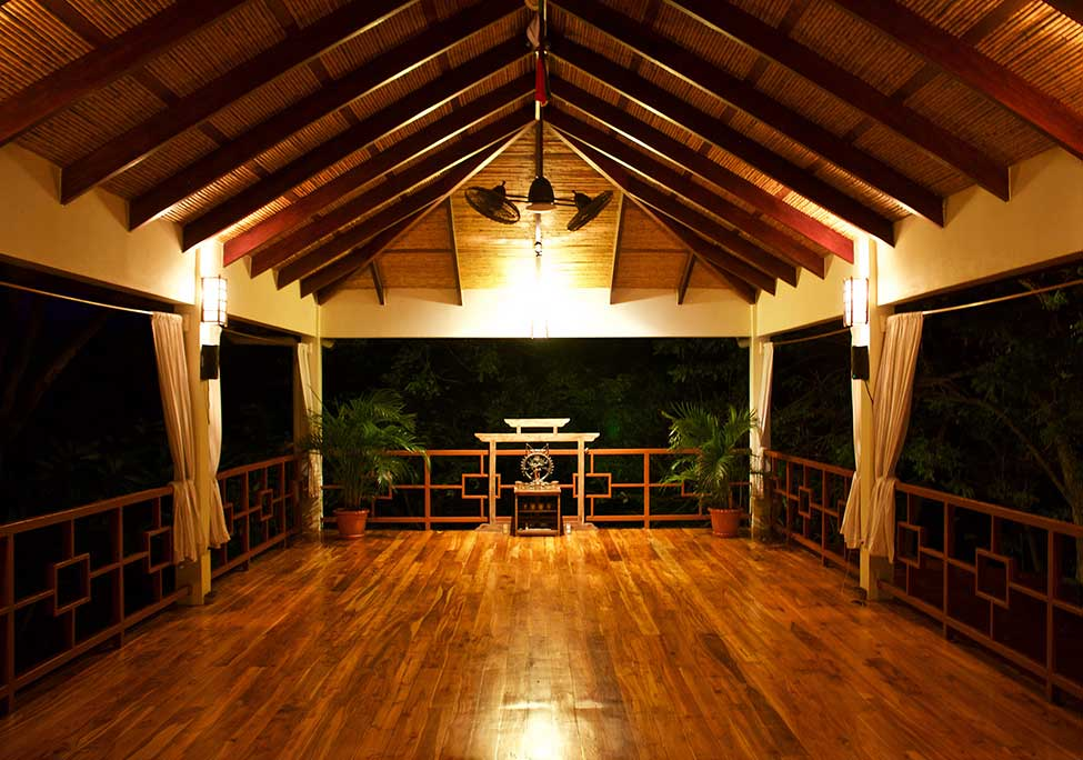 costa rica yoga studio